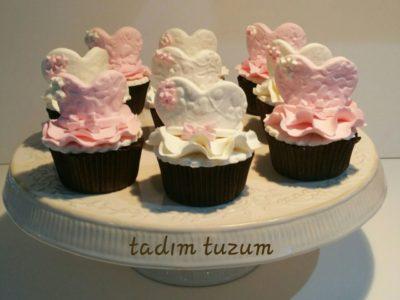 Kalpli vintage cupcakeler