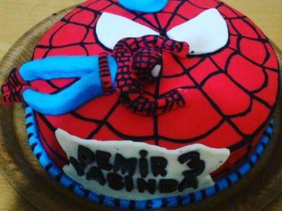 Spiderman pasta