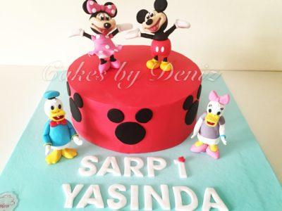Mickey ve Minnie Pastası